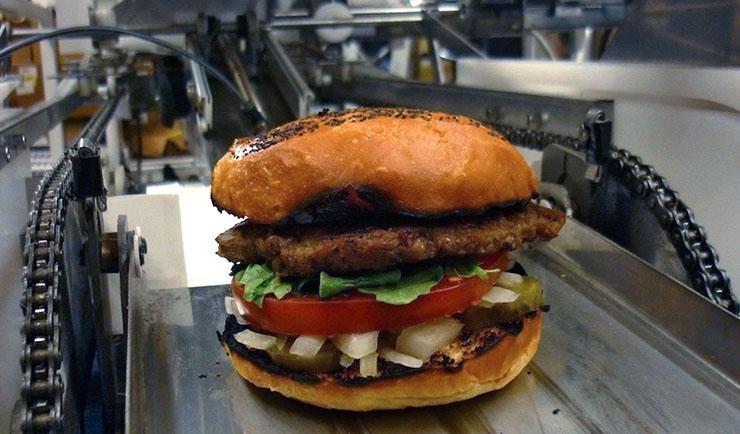خط تولید همبرگر در فست فود