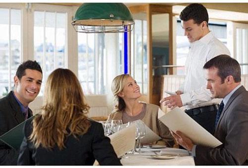 آداب معاشرت در رستوران