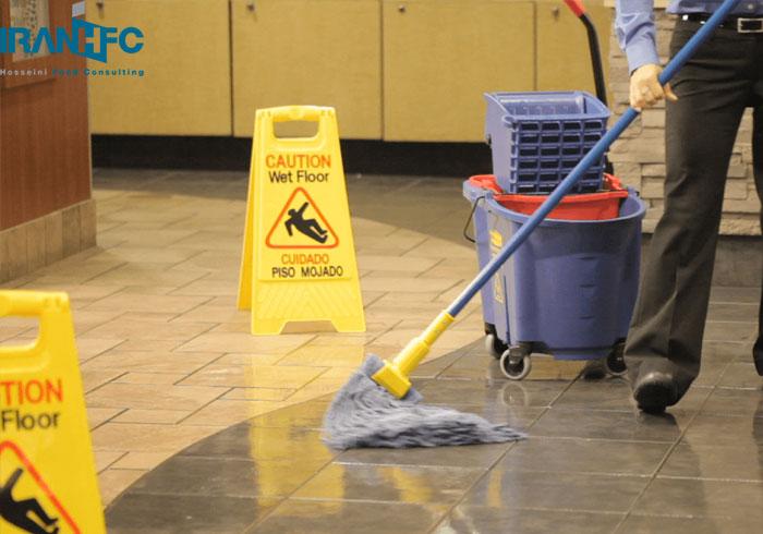 نظافت سالن در فست فود